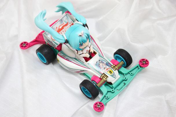 Mikucar02